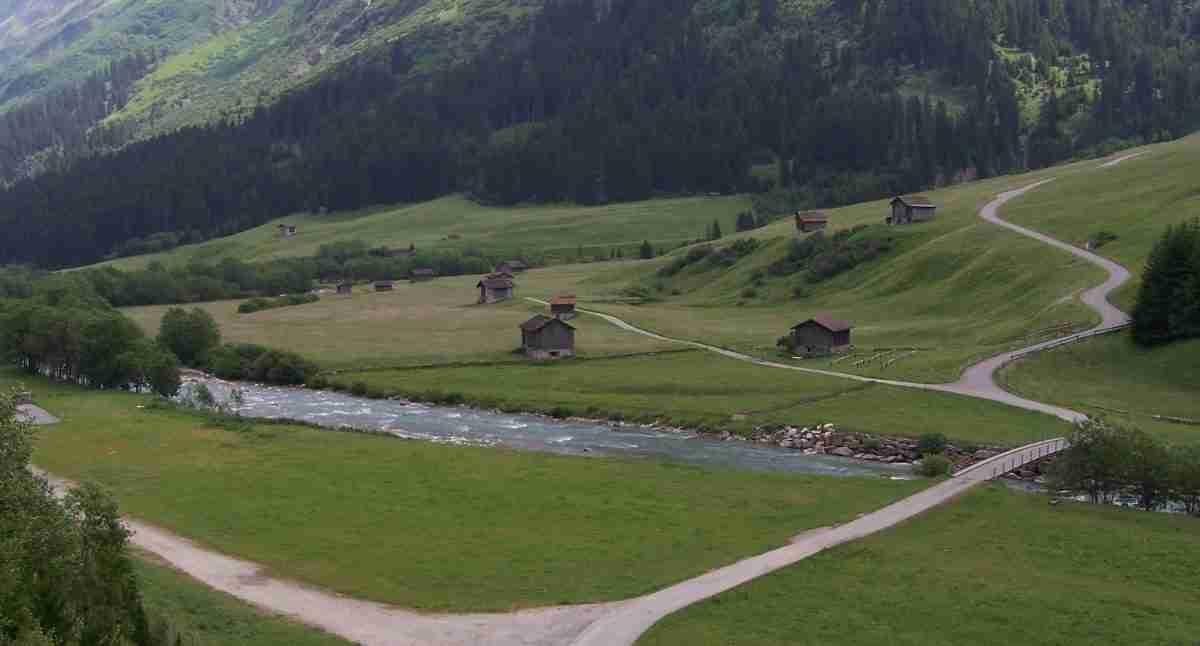 Rzeka powyżej miejscowości Hinterreihn_czerwiec 2006