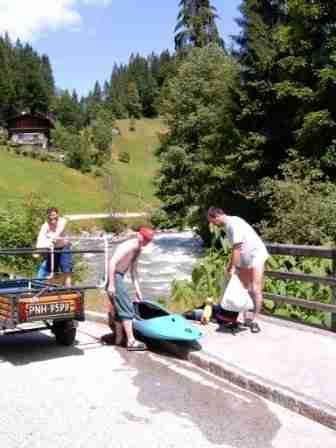 Rozpoczęcie spływu przy mostku