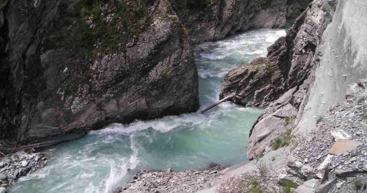 Ubaye_wąwóz rzeki poniżej St.Pauli_czerwiec 2009